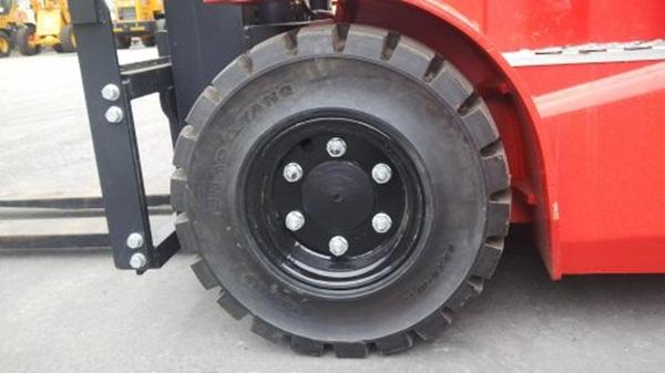 Hệ thống bánh xe cũng cần được chú trọng